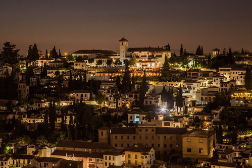 https://www.twin-loc.fr Night view from Alhambra de Granada, Andalousia Spain - Image Picture Photography