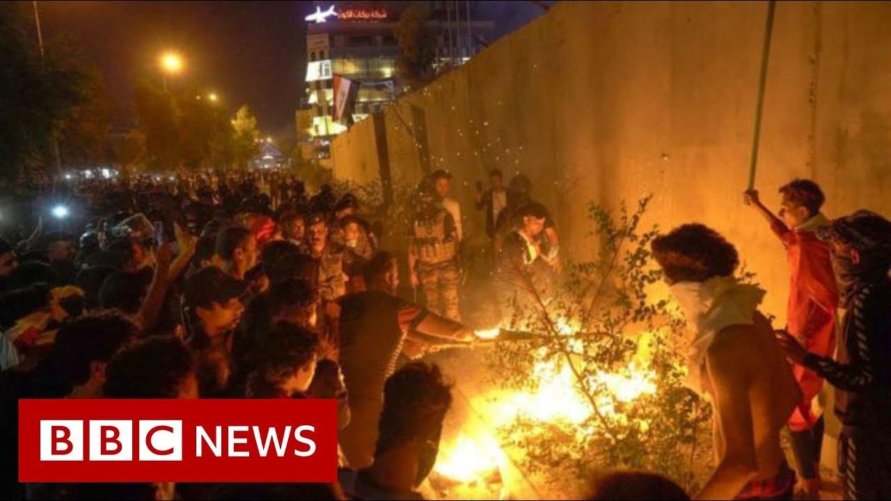 Iraq unrest: Protesters attack Iranian consulate in Karbala - BBC News