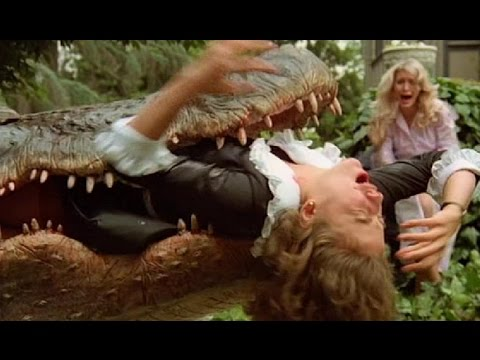 New English Horror Movies 2017 !!  Horror Movies Crocodile giant attack people